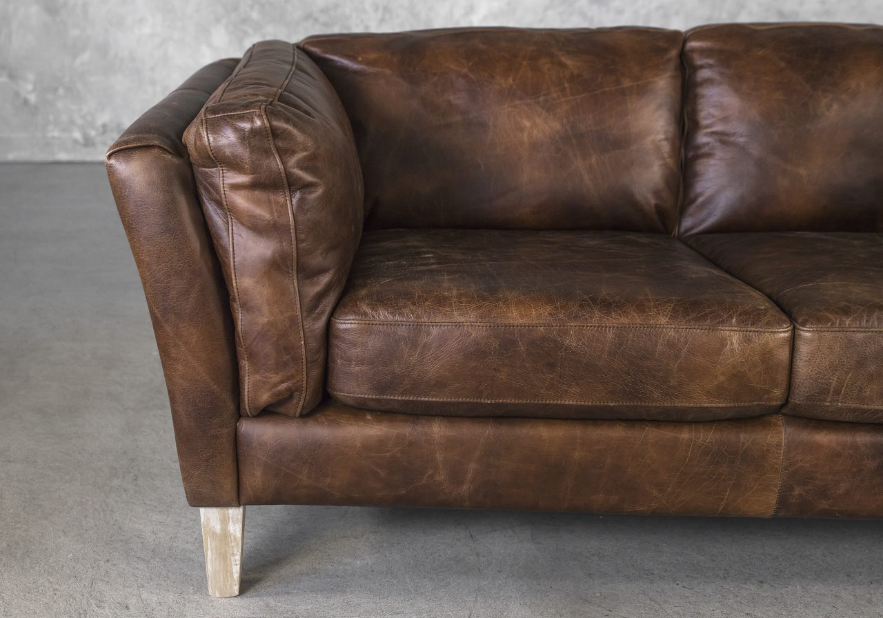 Aspect Loveseat Brown Leather, Close Up