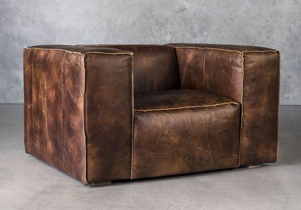 Emma Chair, Angle
