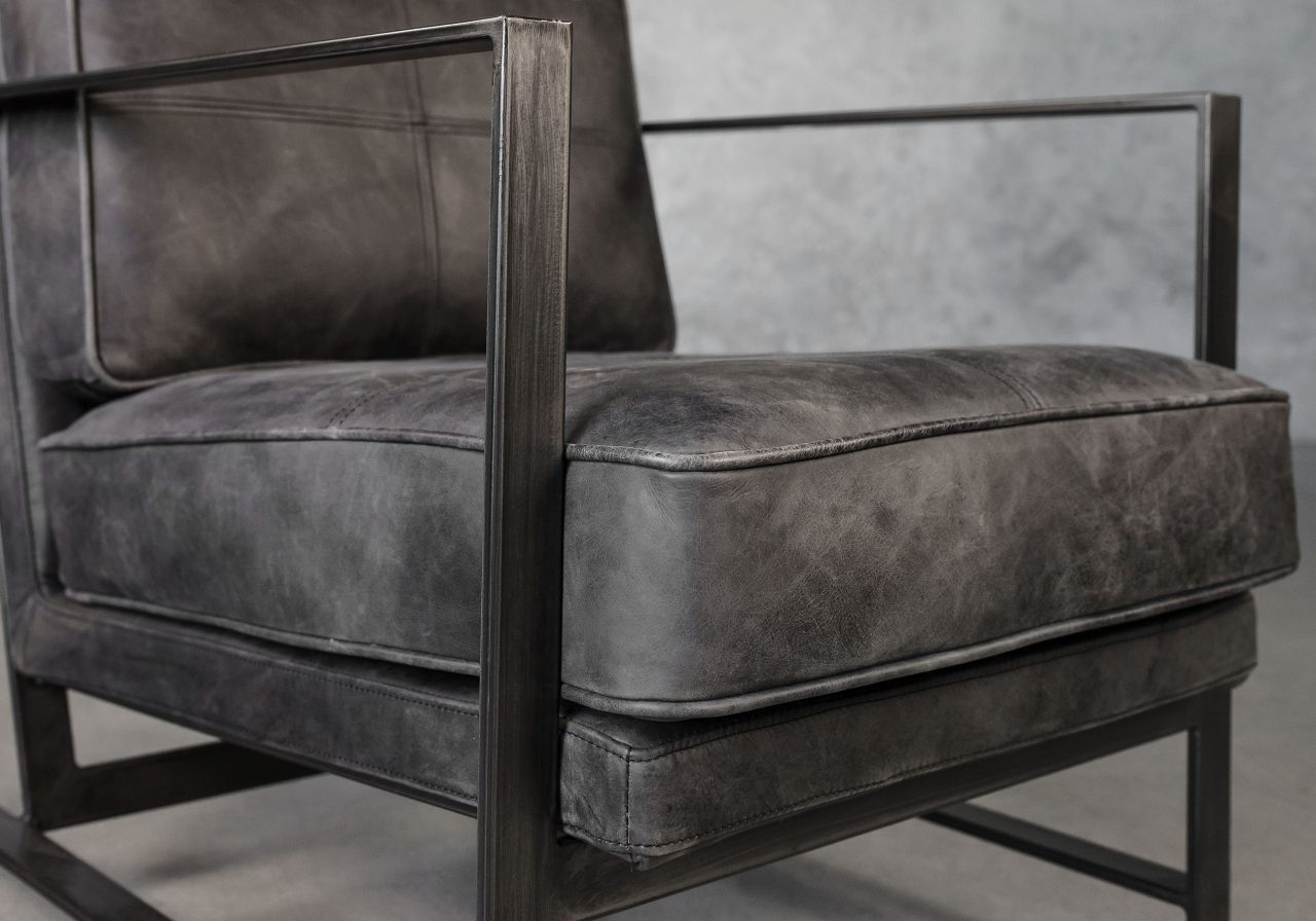 Oliver Chair, Close Up