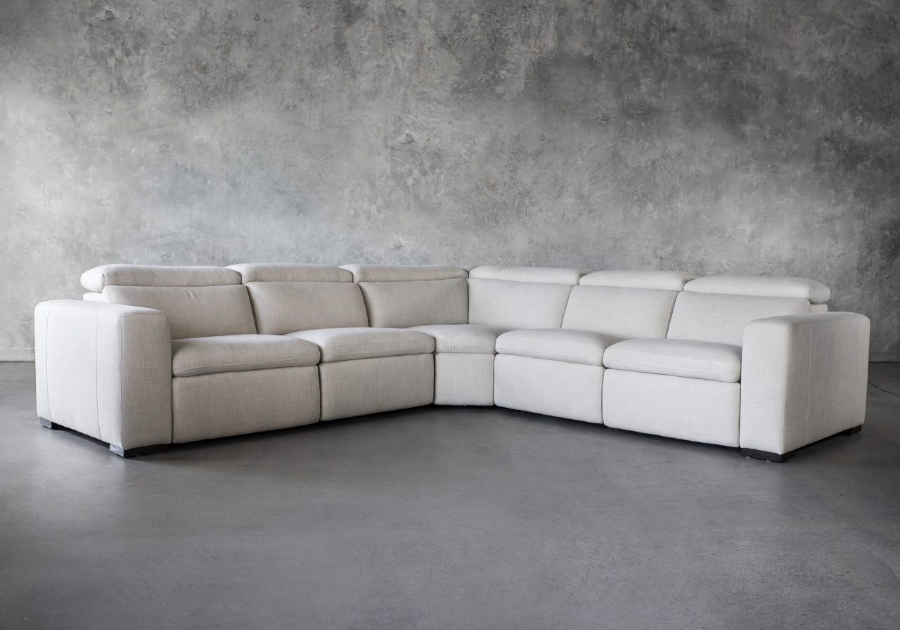 Stanley Sectional, Angle
