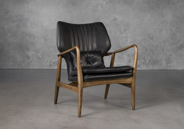 William Chair in Black Leather, Angle