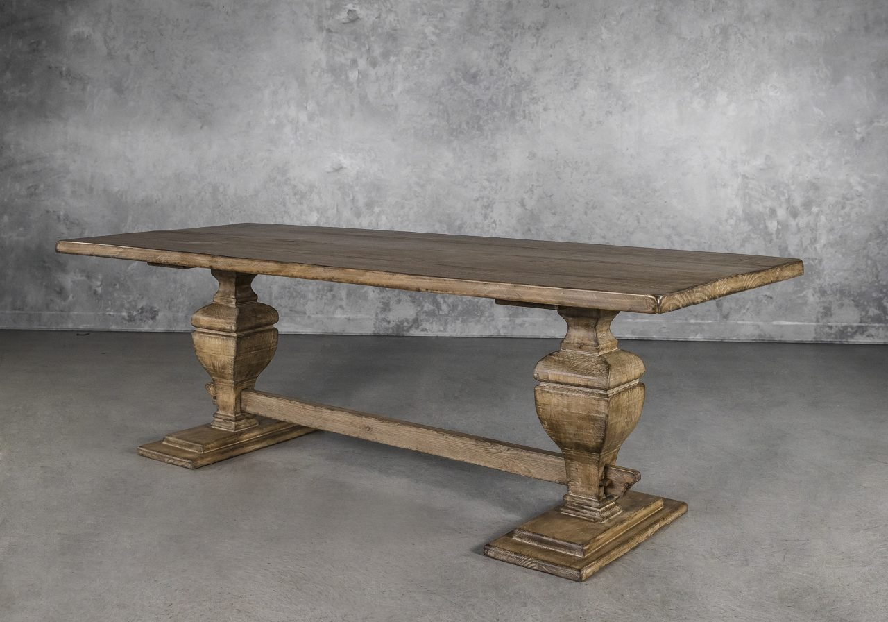 Bantry Dining Table, Angle