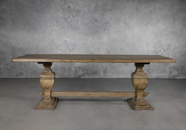 Bantry Dining Table, Front