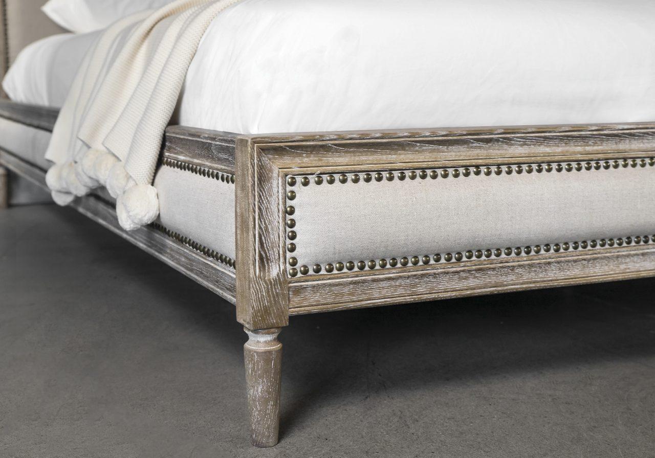 Cayley Bed, Legs