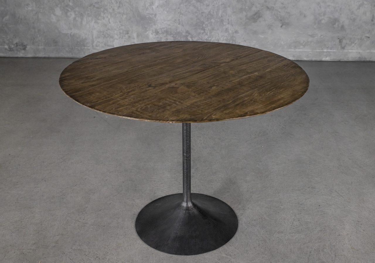 Dimi Bistro Table, Angle