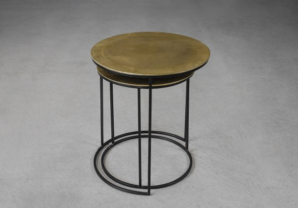 Latina End Table in Brass, Angle