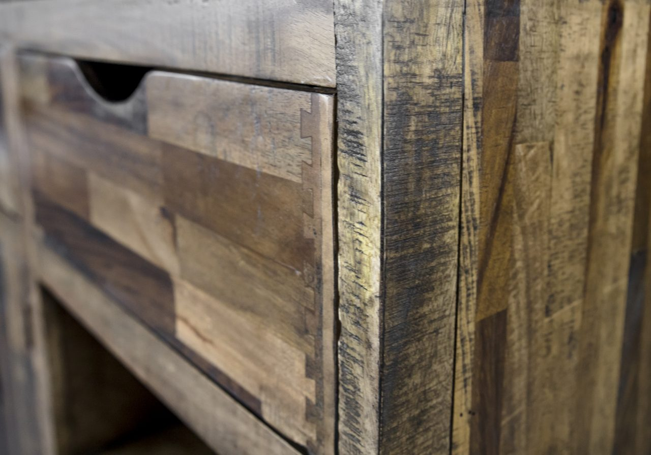 Maya Sideboard, Close Up