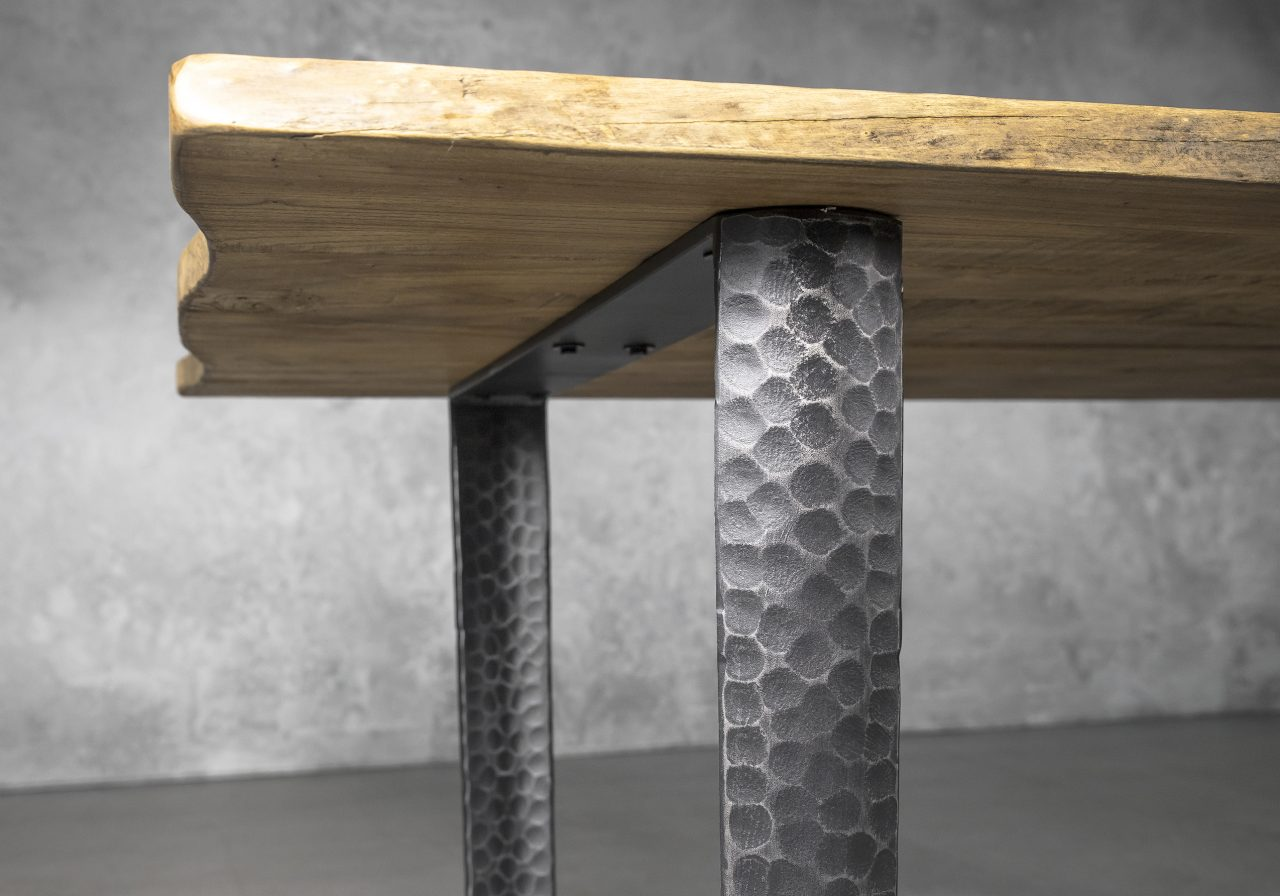 Nell Dining Table Small, Detail