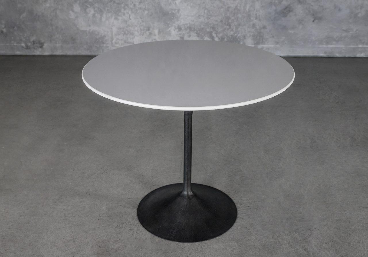 Oria Bistro Table, Angle