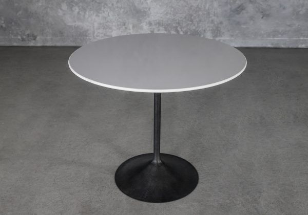 Oria Bistro Table, Angle