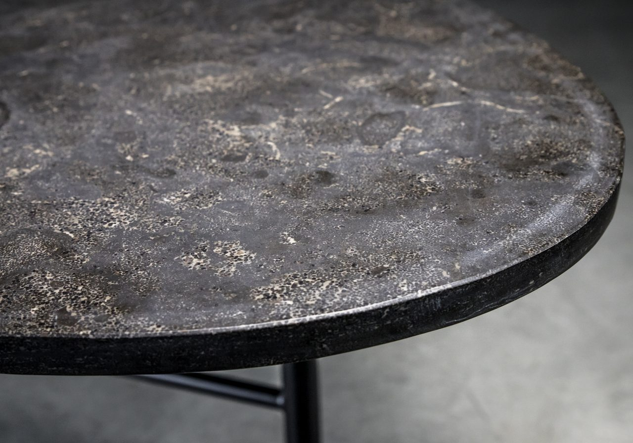 Palla Dining Table, Close Up