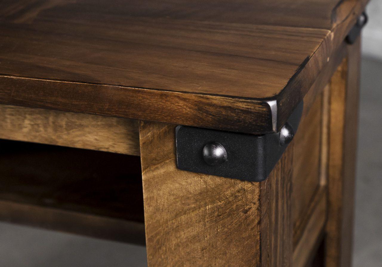 Parota Counter Table, Close Up