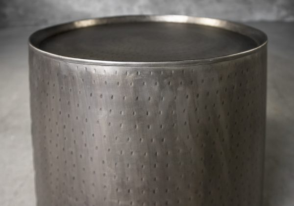 Soni Lamp Table, Close Up