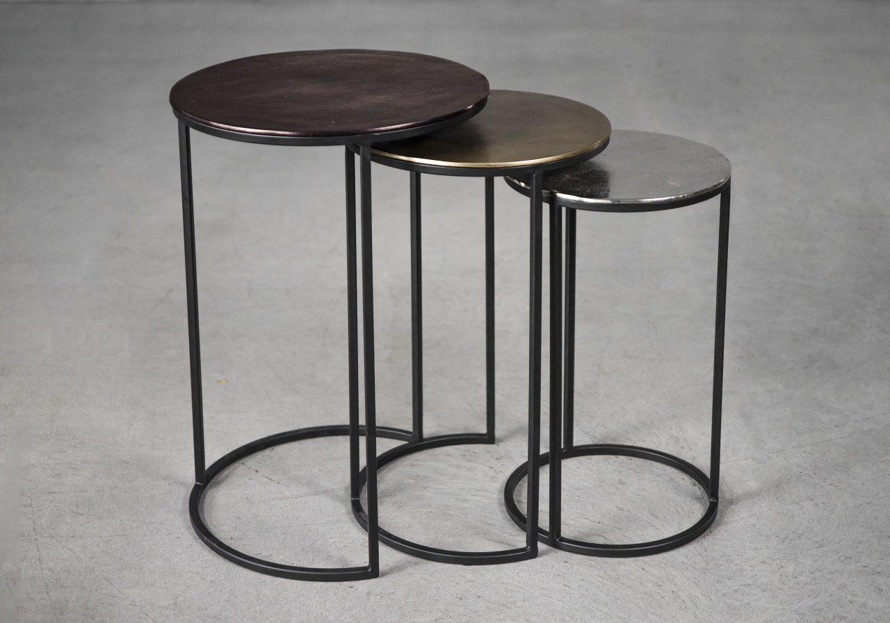 Trio Nest Tables, Angle