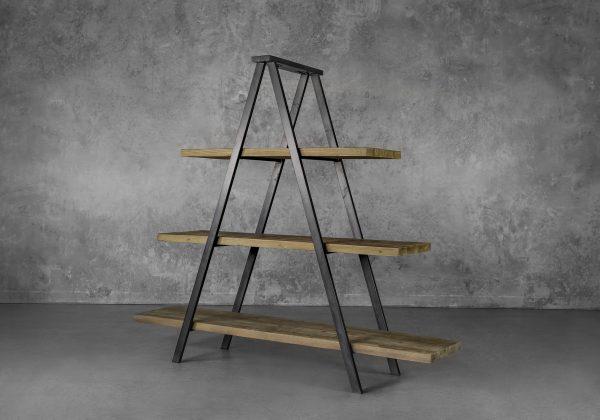 Colin Bookshelf, Angle