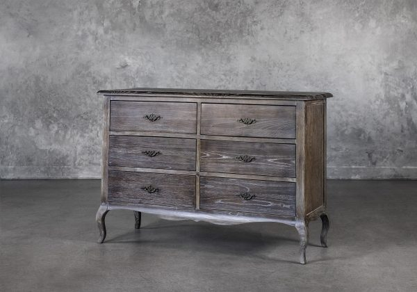Monarch Low Dresser, Angle