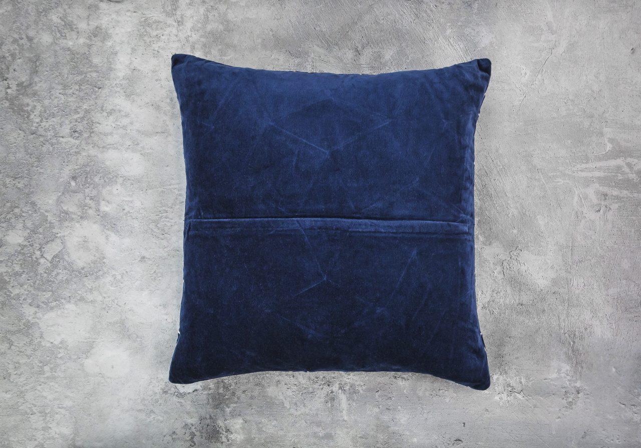 Mesh Navy Pillow 20 x 20, Back