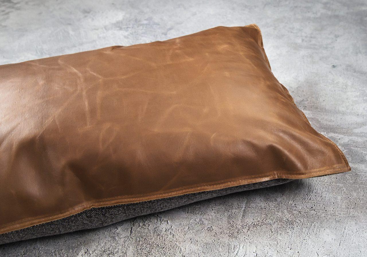 Tassle Pillow 12 x 20, Close Up