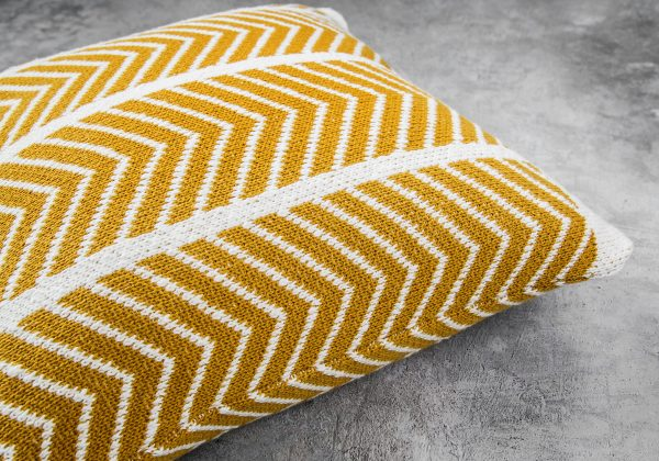 ZIGZAG Mustard Pillow 20 x 20, Close Up