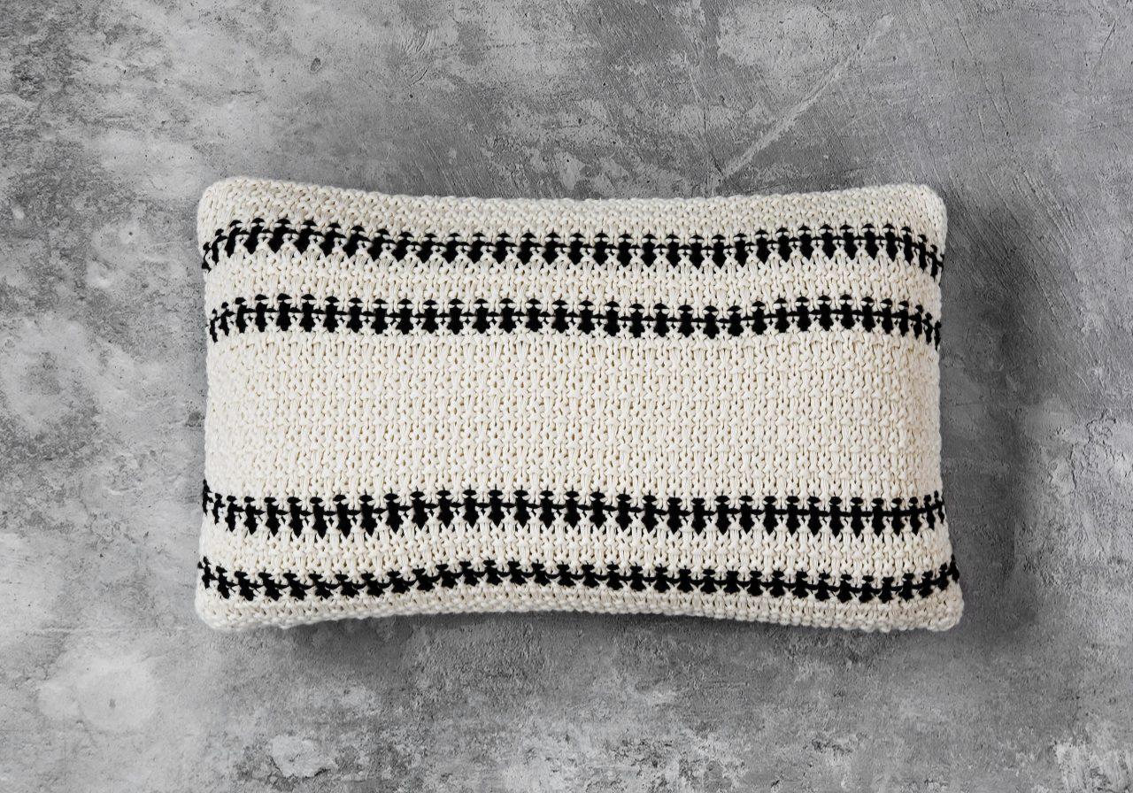 Aztec Pillow 12 x 20, Top