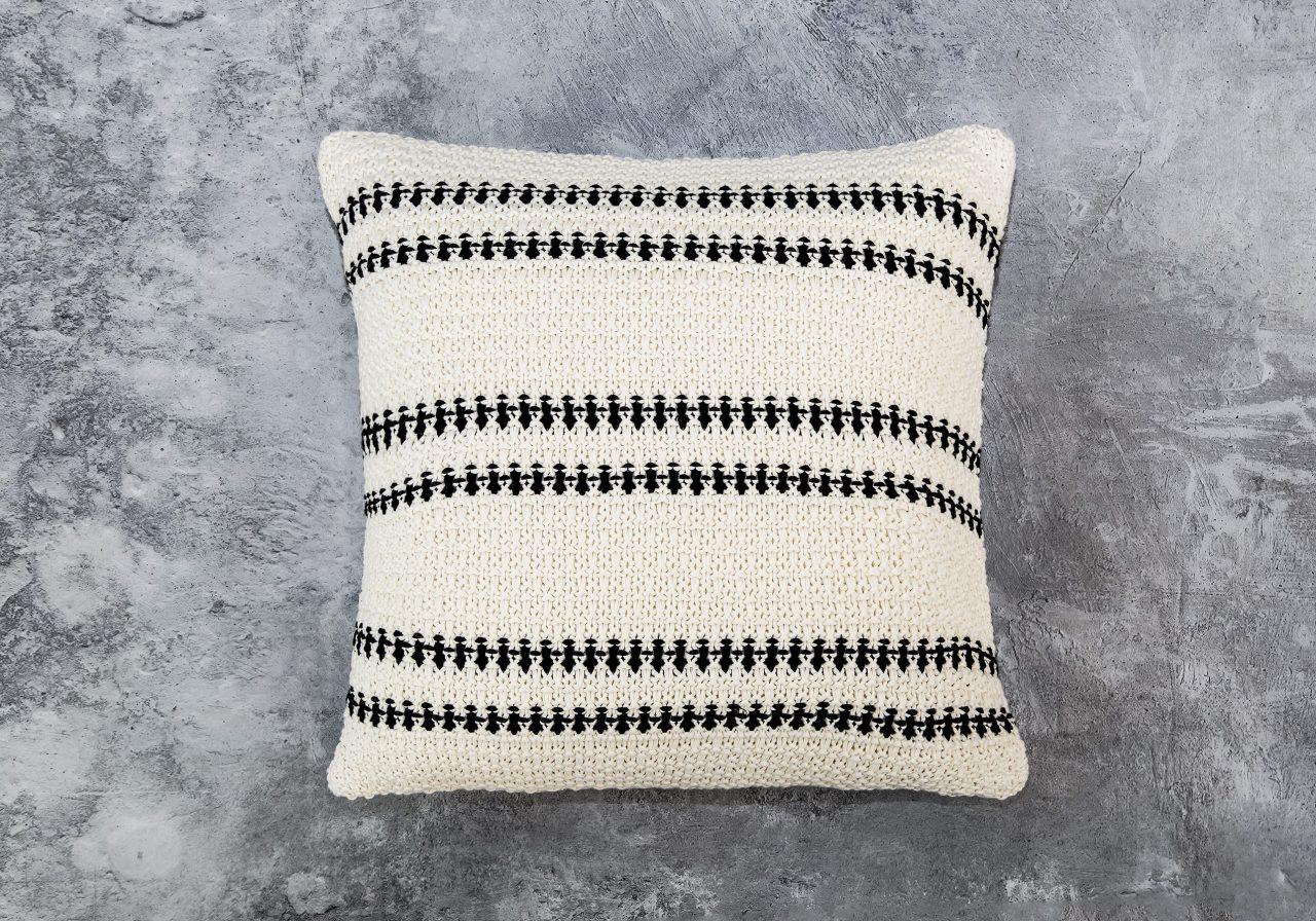 Aztec Pillow 20 x 20, Top