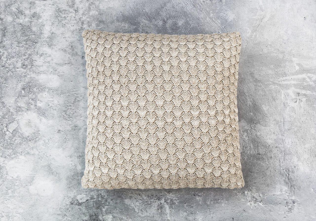 Shells Nat Toss Pillow 20 x 20, Top