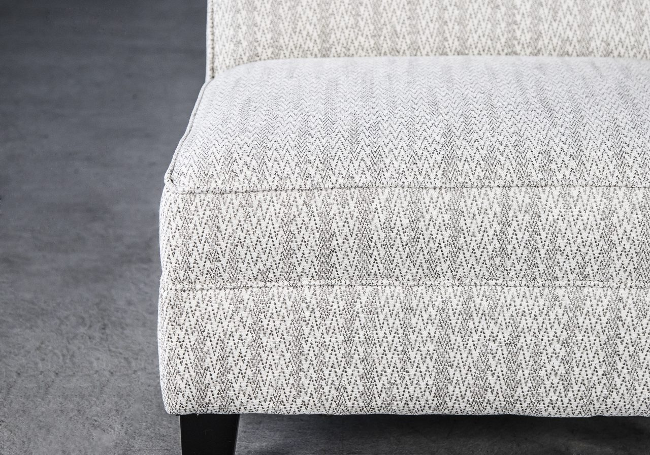 Kanto Chair, Close Up