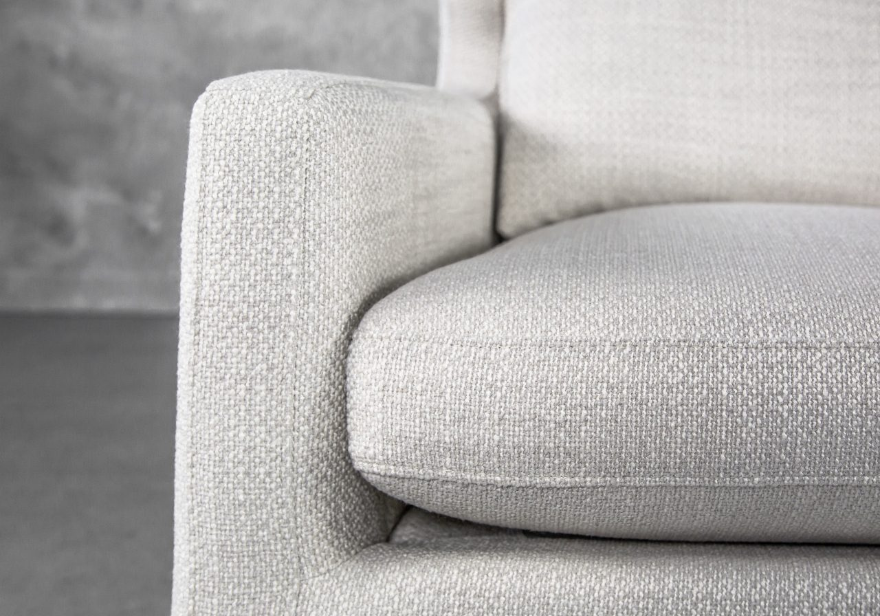 Lingus Chair, Close Up