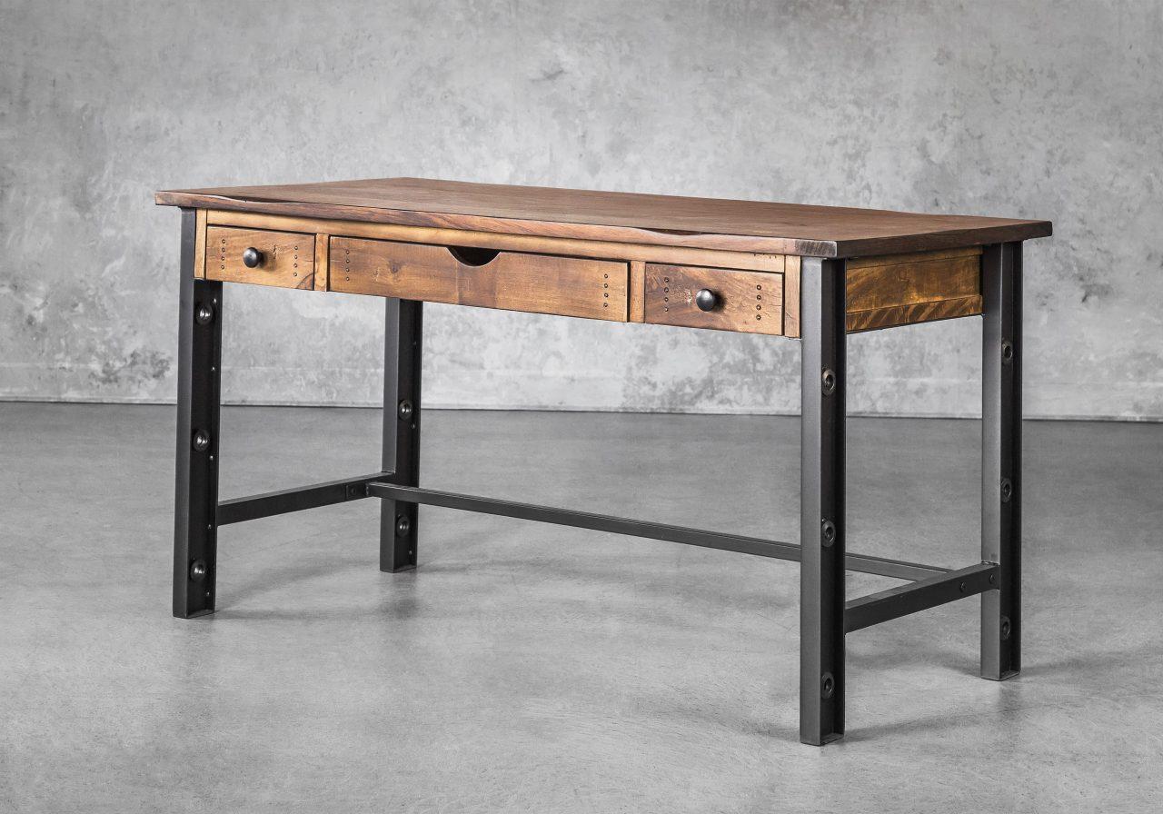 Parota Desk, Angle