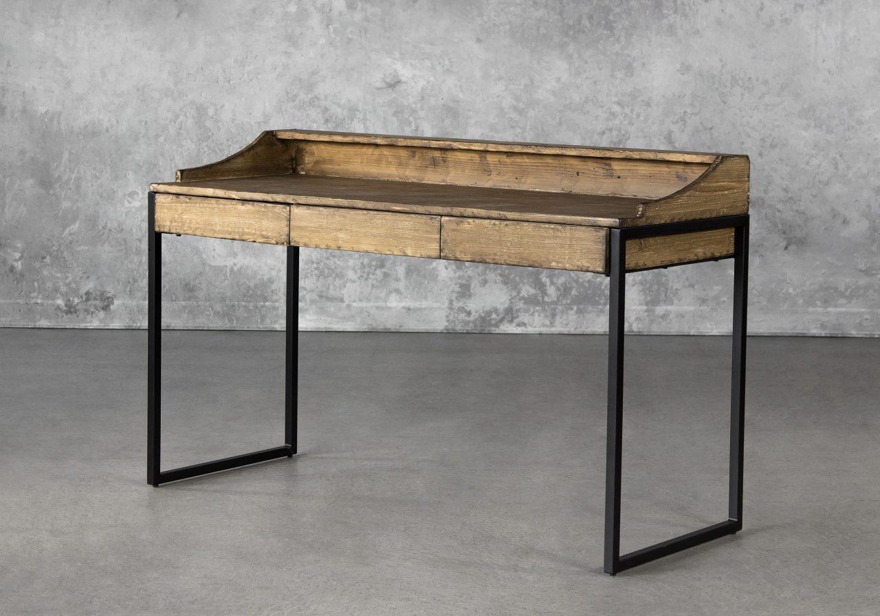 Smith Desk, Angle