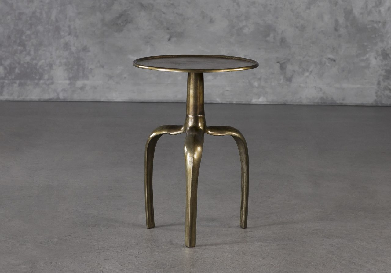Mona End Table, Angle