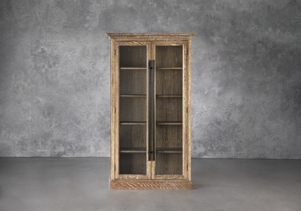 Wicklow Cabinet, Front